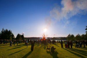 Teijon Juhannusjuhlat – Perinteinen perhejuhla Teijon Satamarannassa